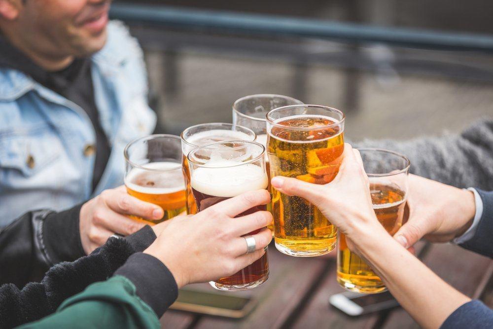Ăn uống không lành mạnh cũng gây nên yếu sinh lý