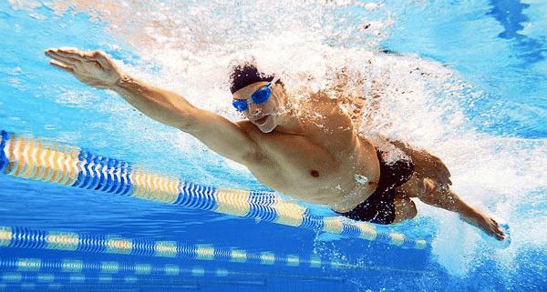 Tập kéo dài thời gian quan hệ với môn bơi lội